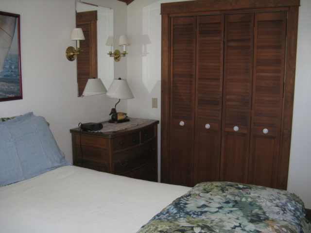 Cedarledge Queen Master Bedroom