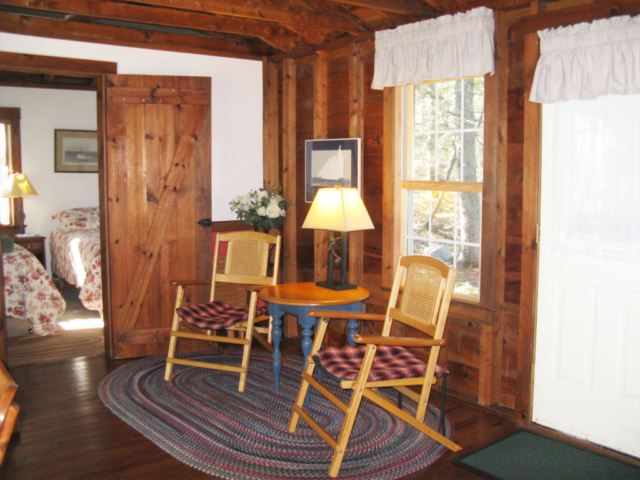 Cedarledge Cottage Living area